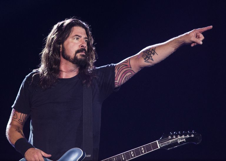 Dave-Grohl-Raphael-Dias-Getty-Images.jpg