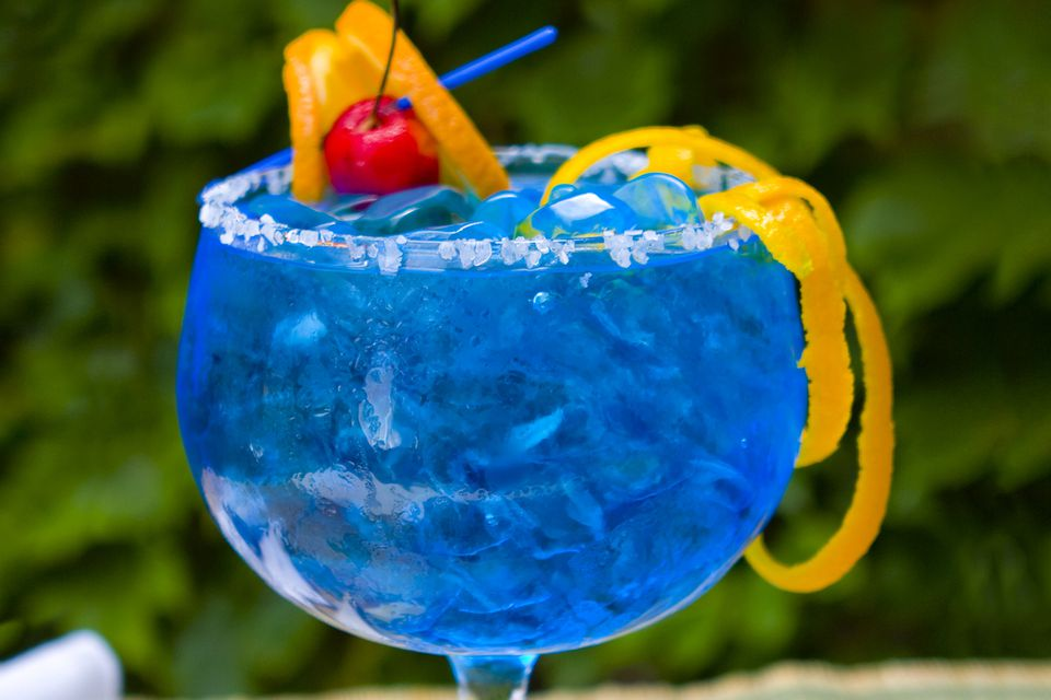 15 best fruity margarita recipes for Orange and blue cocktails