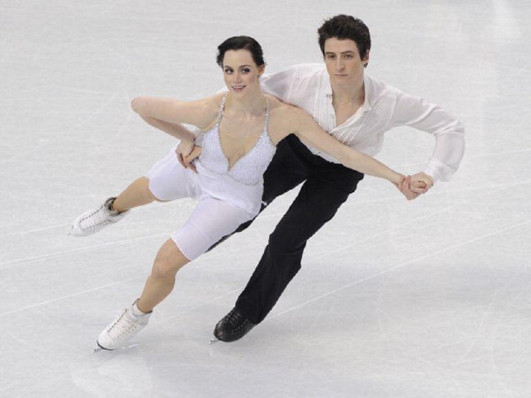Olympic Ice Dance Champions Tessa Virtue and Scott Moir Do a Progressive