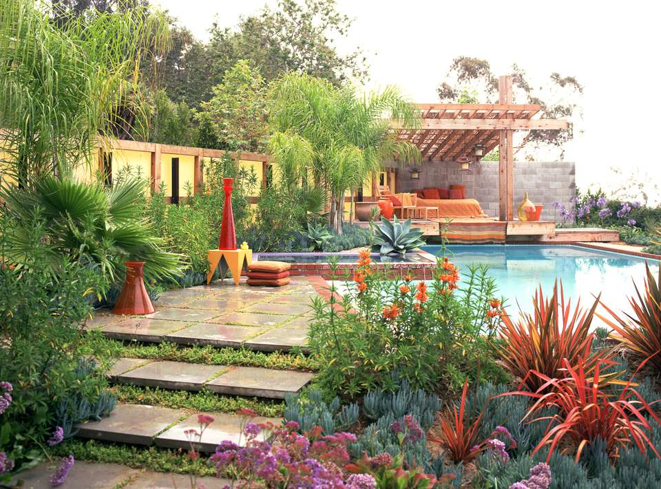 Landscaping ideas for pool areas pictures for Landscape design for pool areas