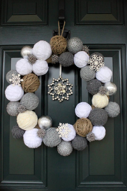 9 diy winter wreaths in neutral colors diy yarn ball wreath solutioingenieria Image collections