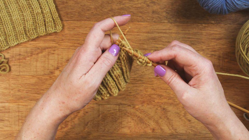 knitting continental