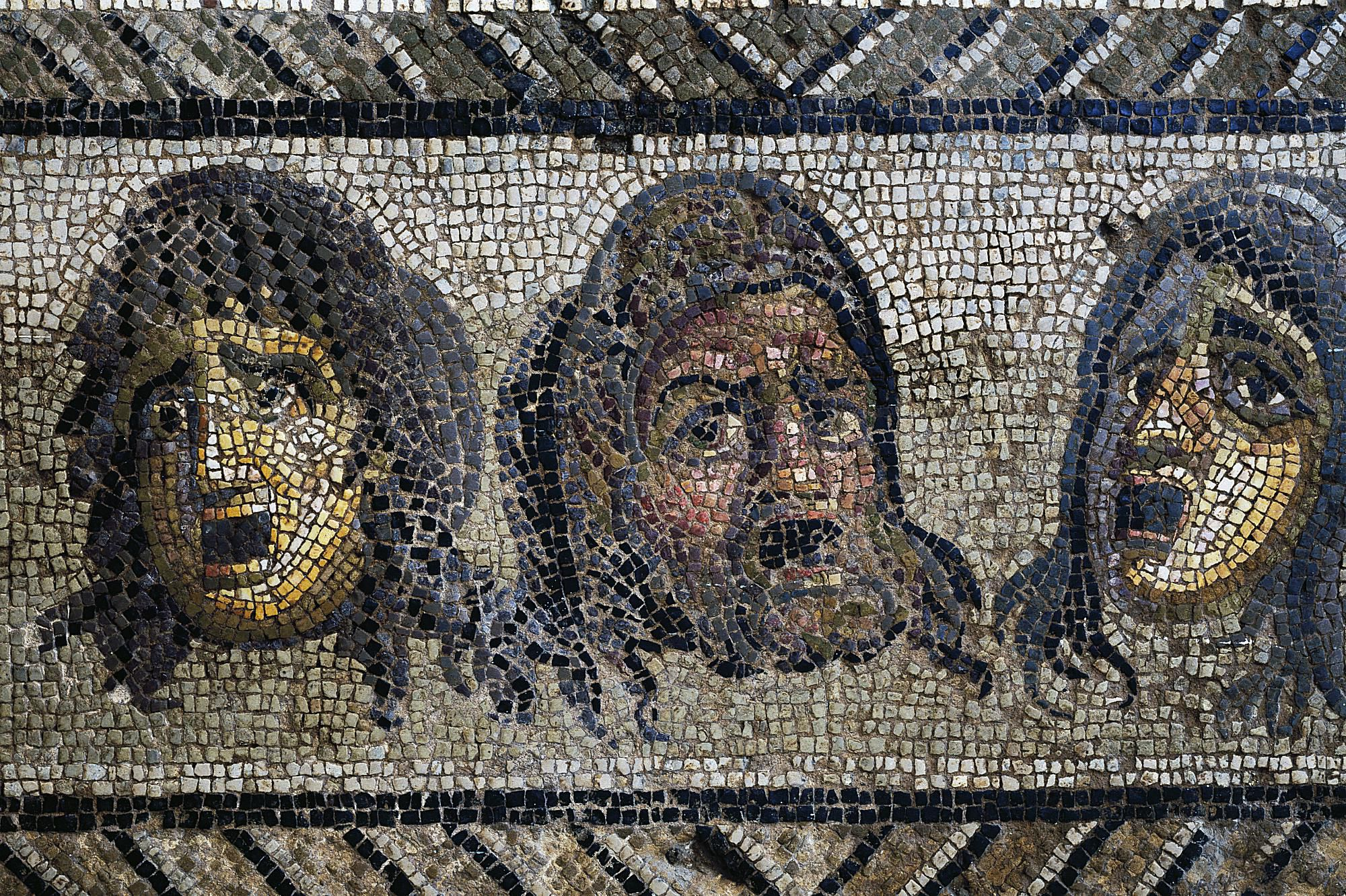 the structure of greek drama Most greek tragedies have a fairly standard structure there are actually two ways you can divide a greek tragedy into parts, one by literary form and one by type of action literary critics use both sets of terminology.