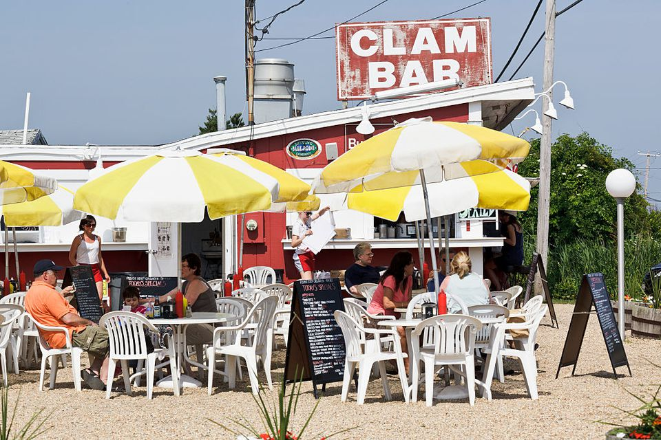 Clam Bar - Amagansett - dining
