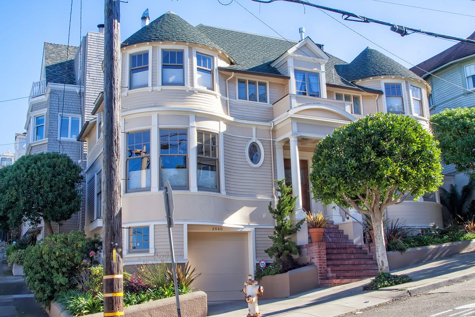 famous victorian houses of san francisco in pictures. Black Bedroom Furniture Sets. Home Design Ideas