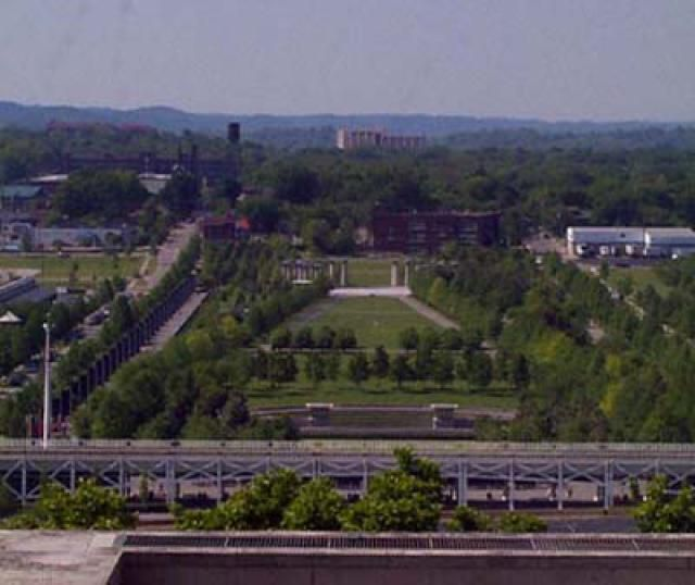 Bicentennial Park Walking Tour