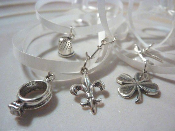the meaning behind wedding cake charms. Black Bedroom Furniture Sets. Home Design Ideas