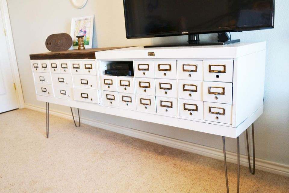 7 DIY TV Stands That Hide Ugly Cable Boxes And Wires