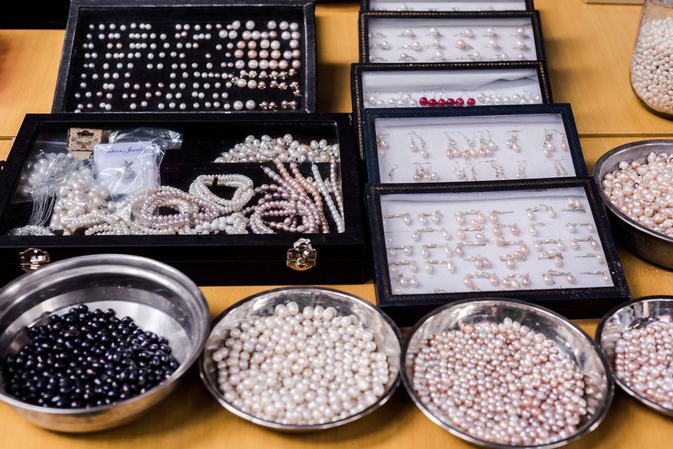 Pearl Market