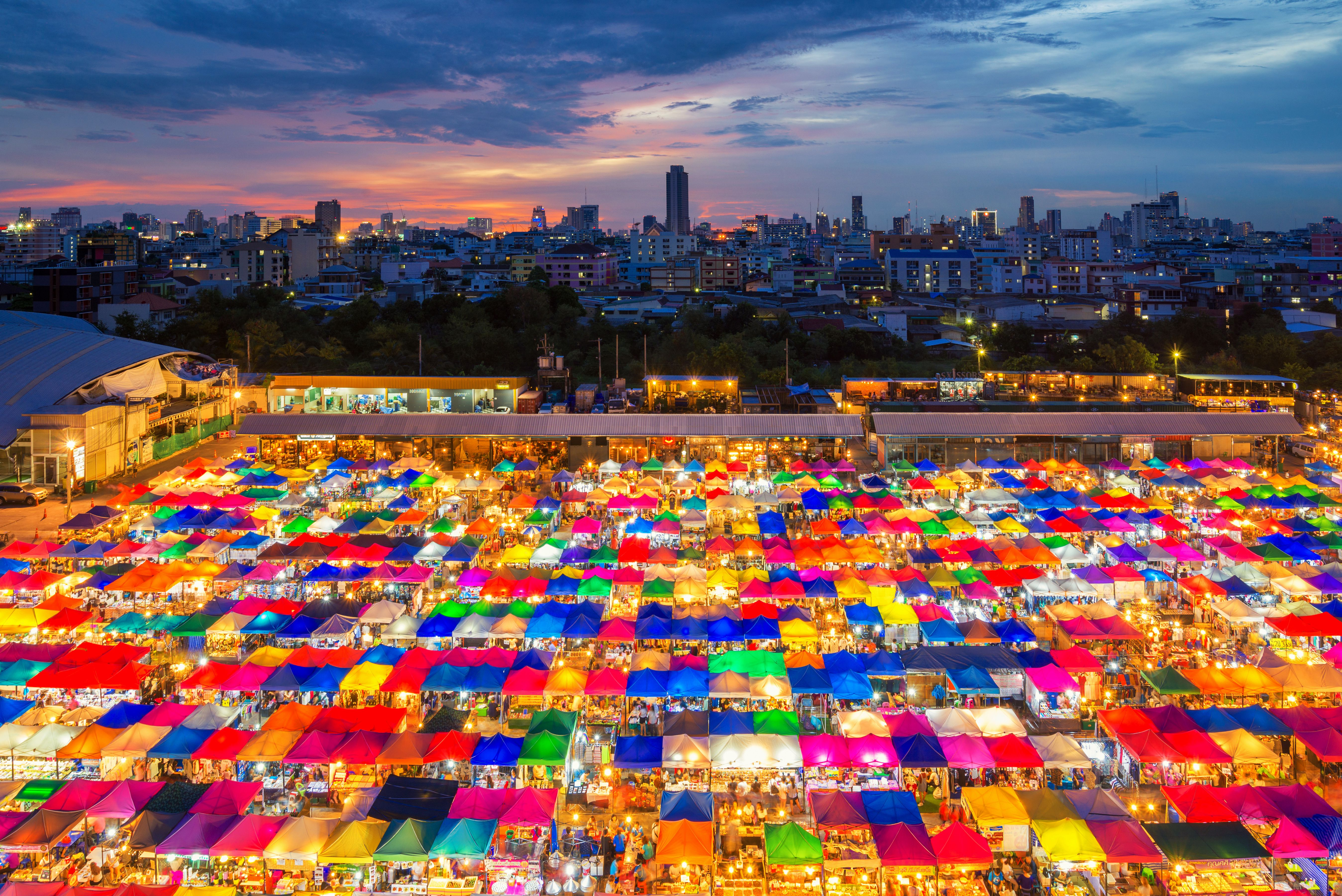 Auto Mall 59 >> Chatuchak Weekend Market in Bangkok: Shopping Tips