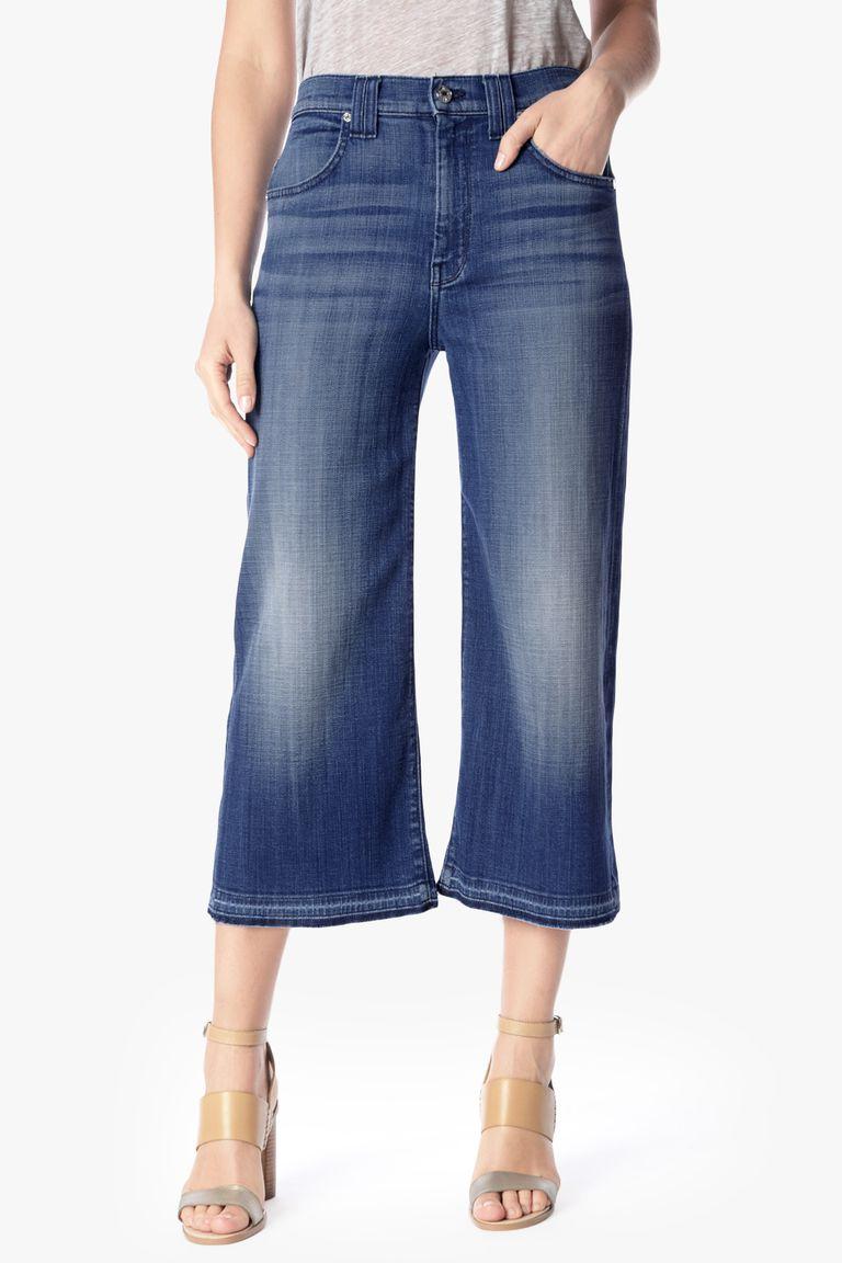 How to Wear Denim Culottes Like a Fashion Expert
