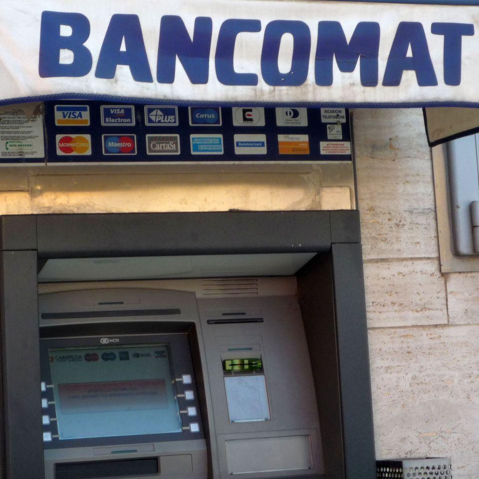 bancomat photo