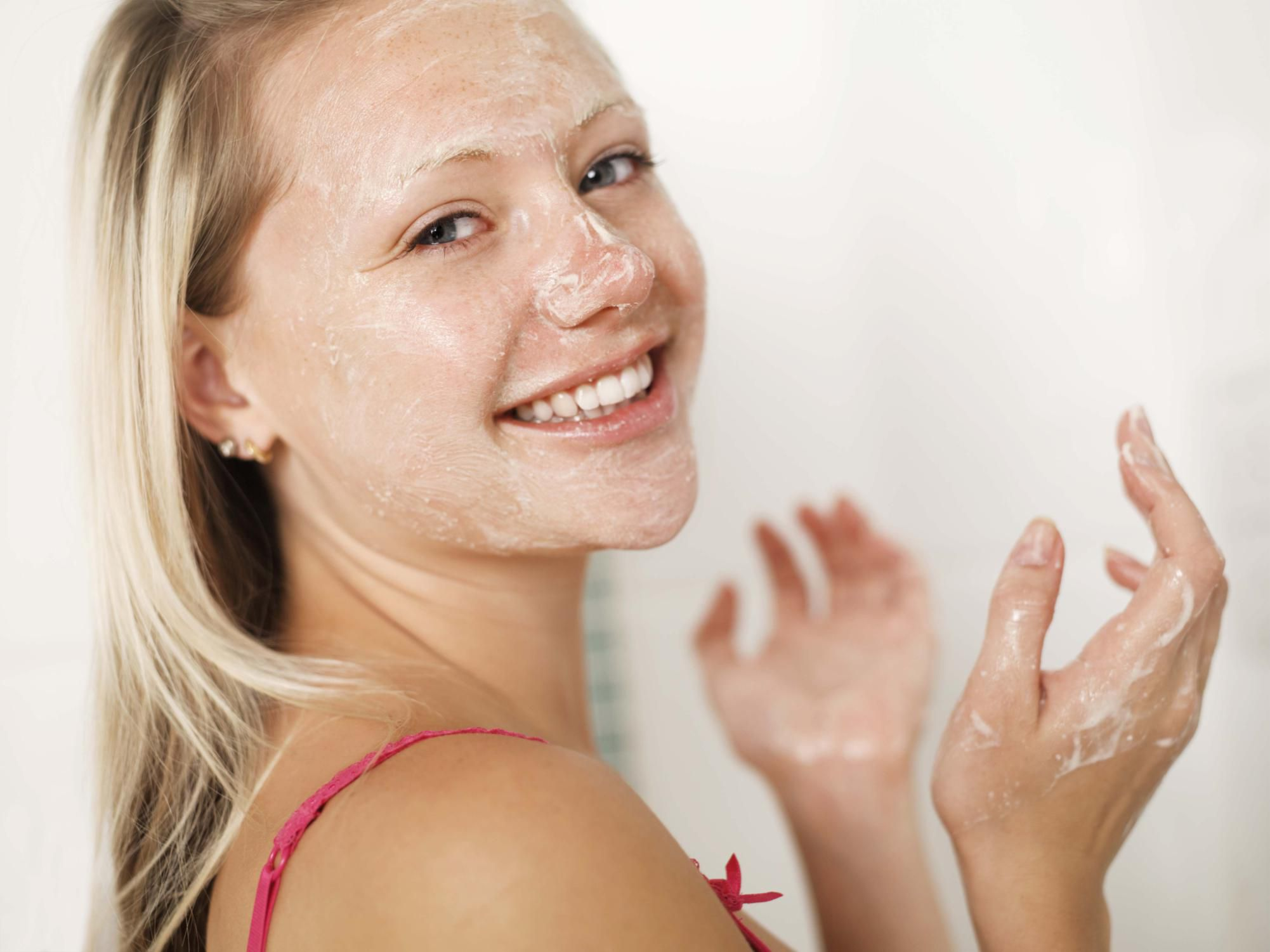 Cleansing Tips to Help Clear Your Acne-Prone Skin