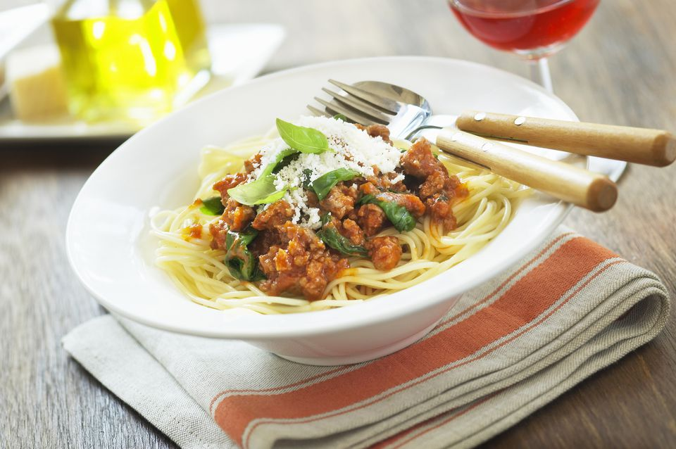 beef and tomato sauce with spinach