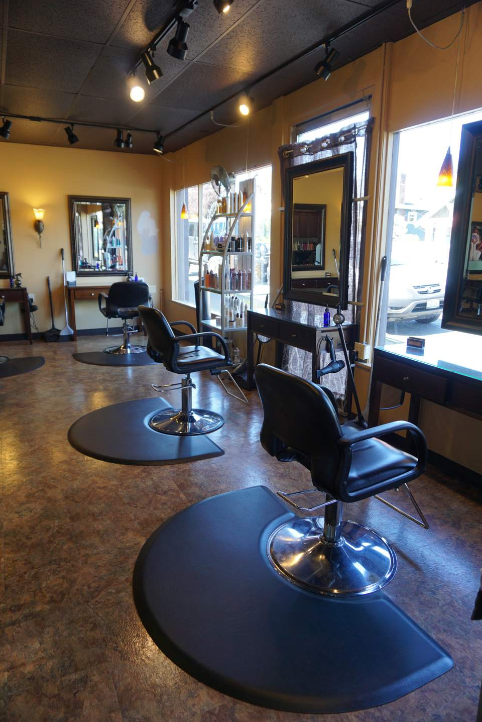 Willow Salon and Spa in Tacoma