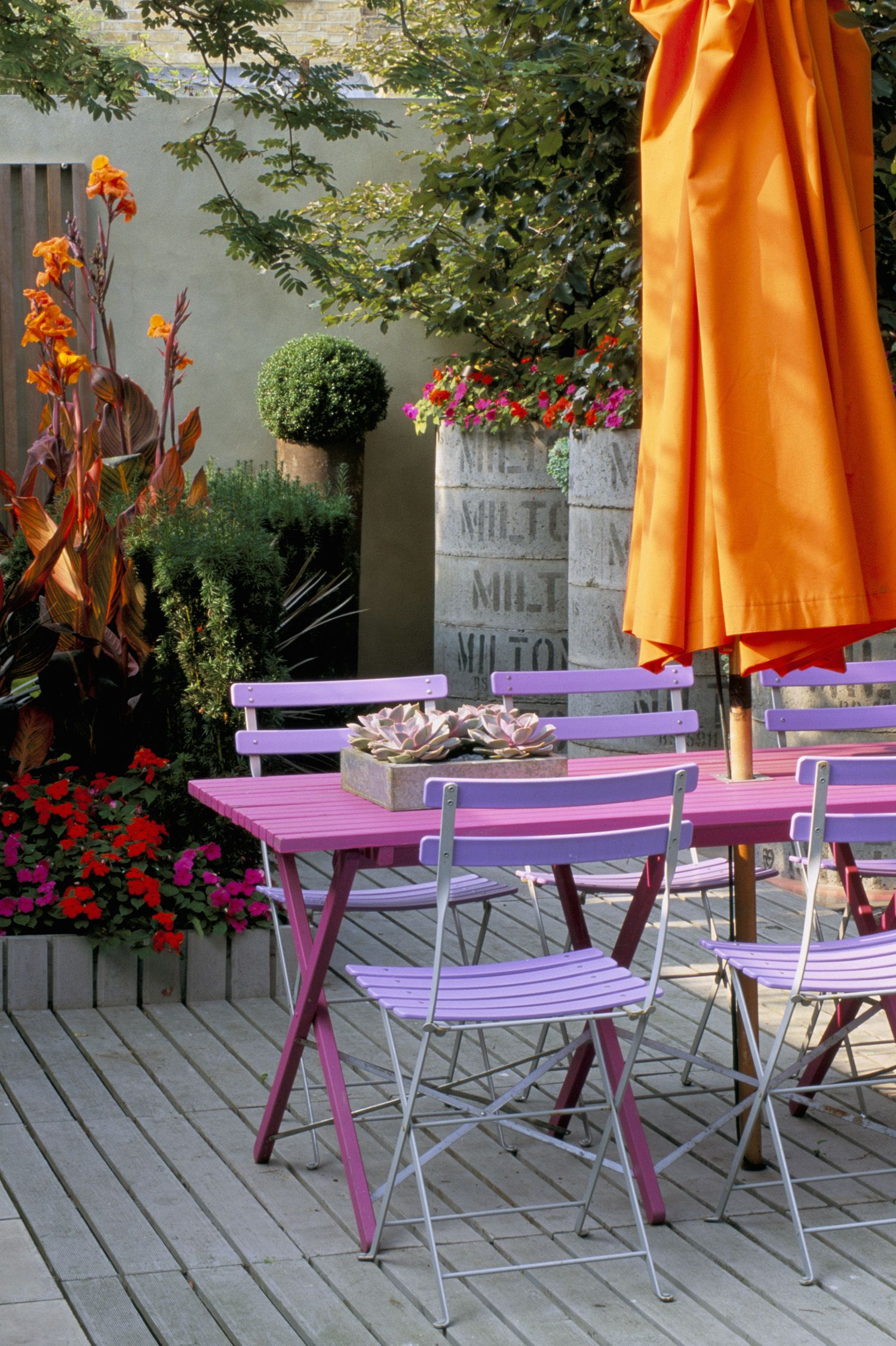 Budget Friendly Outdoor Decorating Ideas