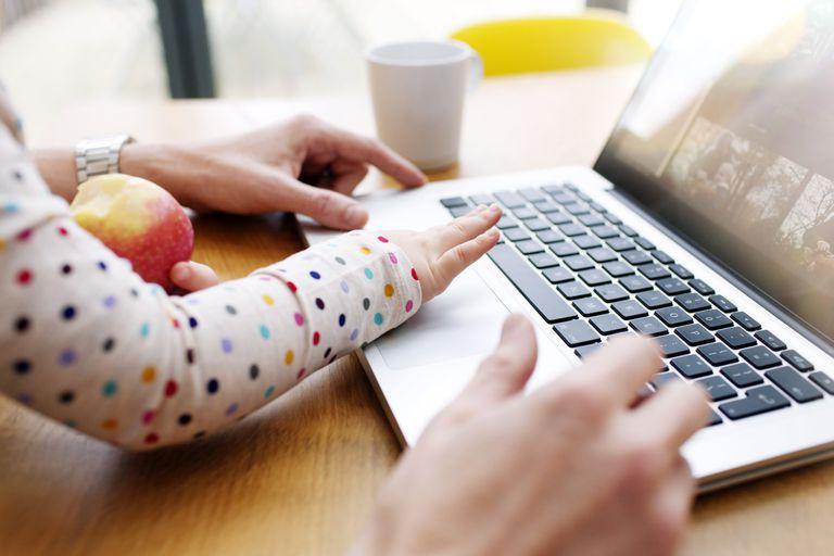 Router parental contols protect children