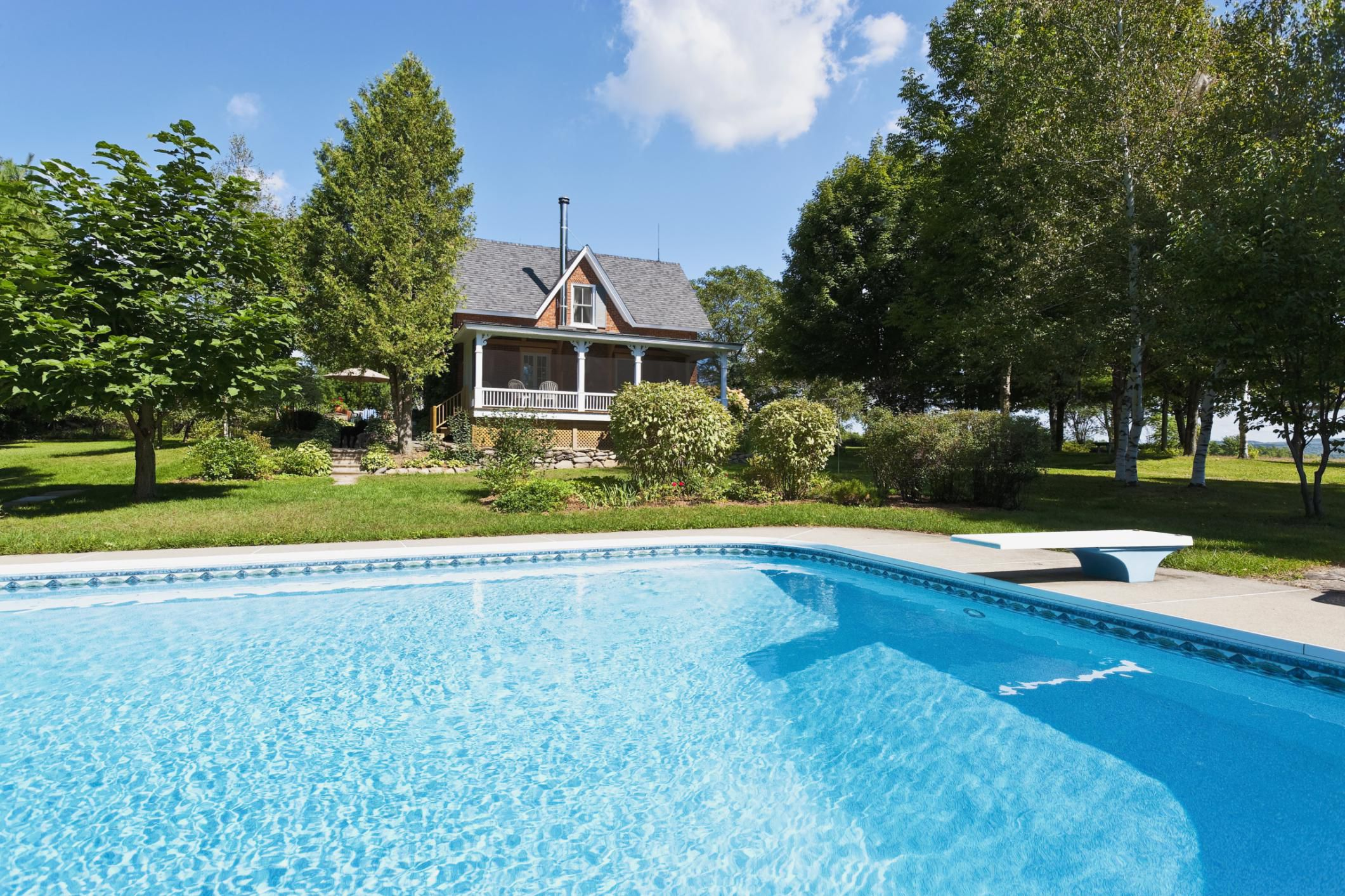 Country house and pool