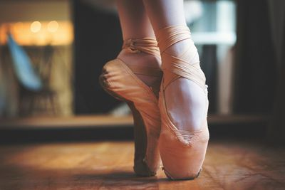 Balletfeet C C F B Af Cac Db on Basic Ballet Steps