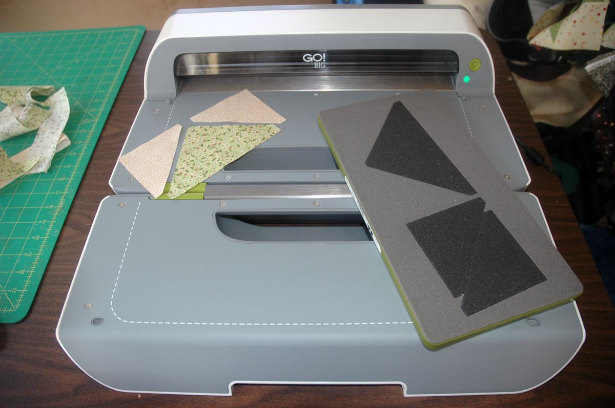 Accuquilt Go Big Electric Fabric Cutter
