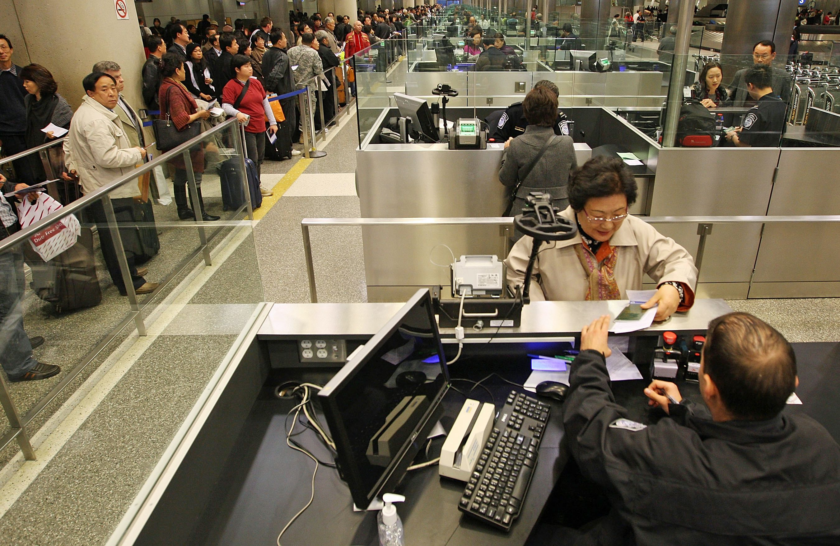 Bypass Long U S Customs Lines With A Global Entry Card