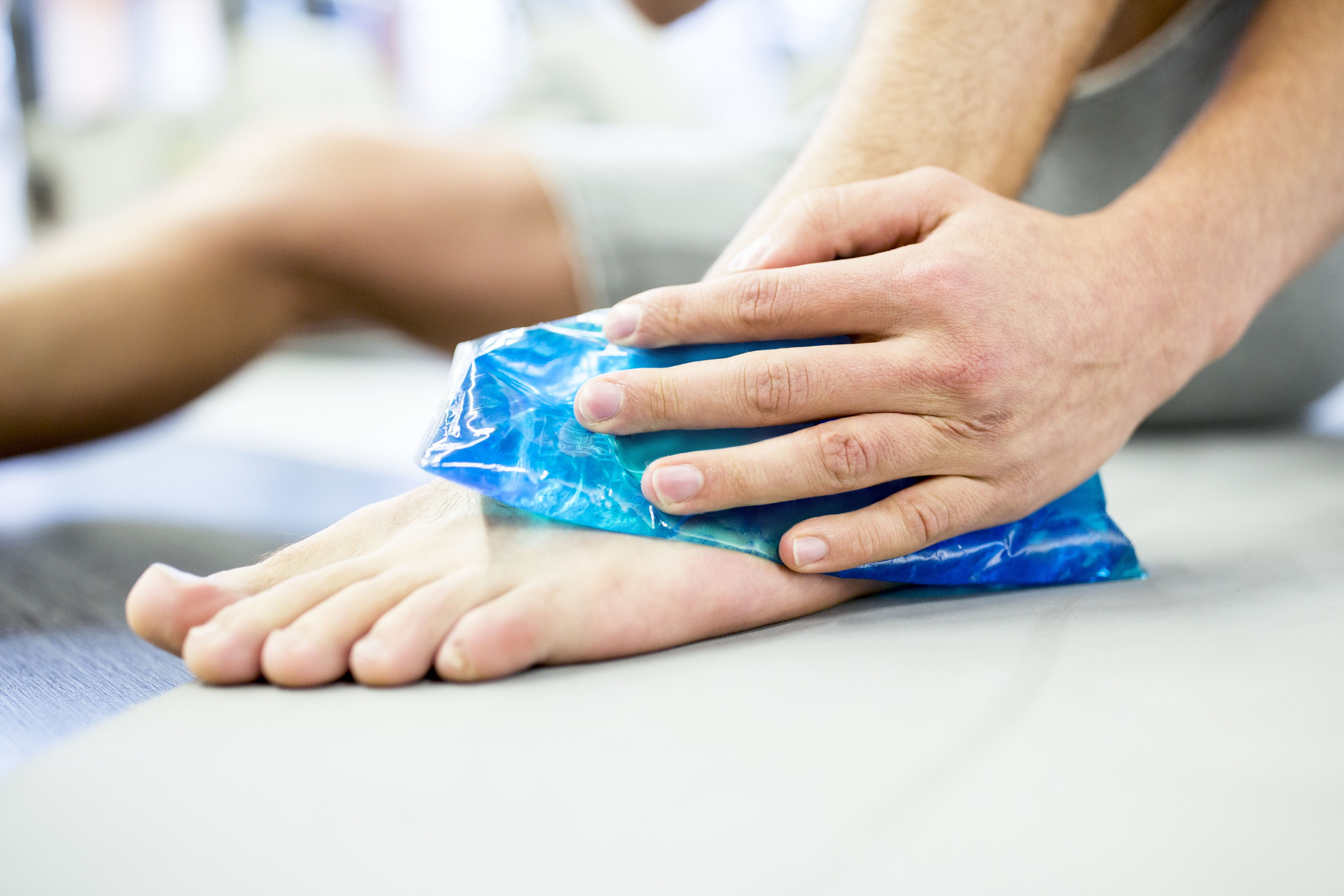 How to Self-Treat Running Injuries
