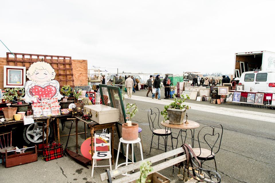 Alameda Flea Market and Antique Show