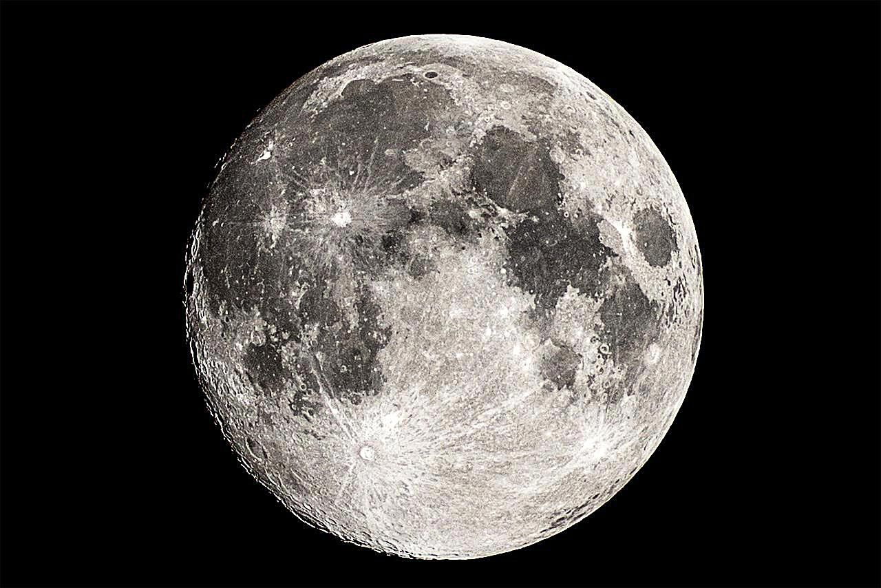 What Is the Moon Made Of? - Chemical Composition