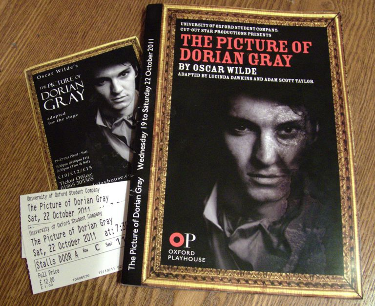 the picture of dorian gray a The picture of dorian gray was a gothic novel that skirted scandalous behaviour: the transgressive, supernatural elements of the genre provided a frame for speaking unspeakable things.