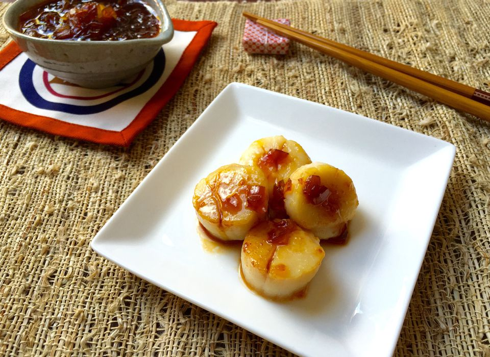 Scallops with Japanese Spicy Onion Sauce