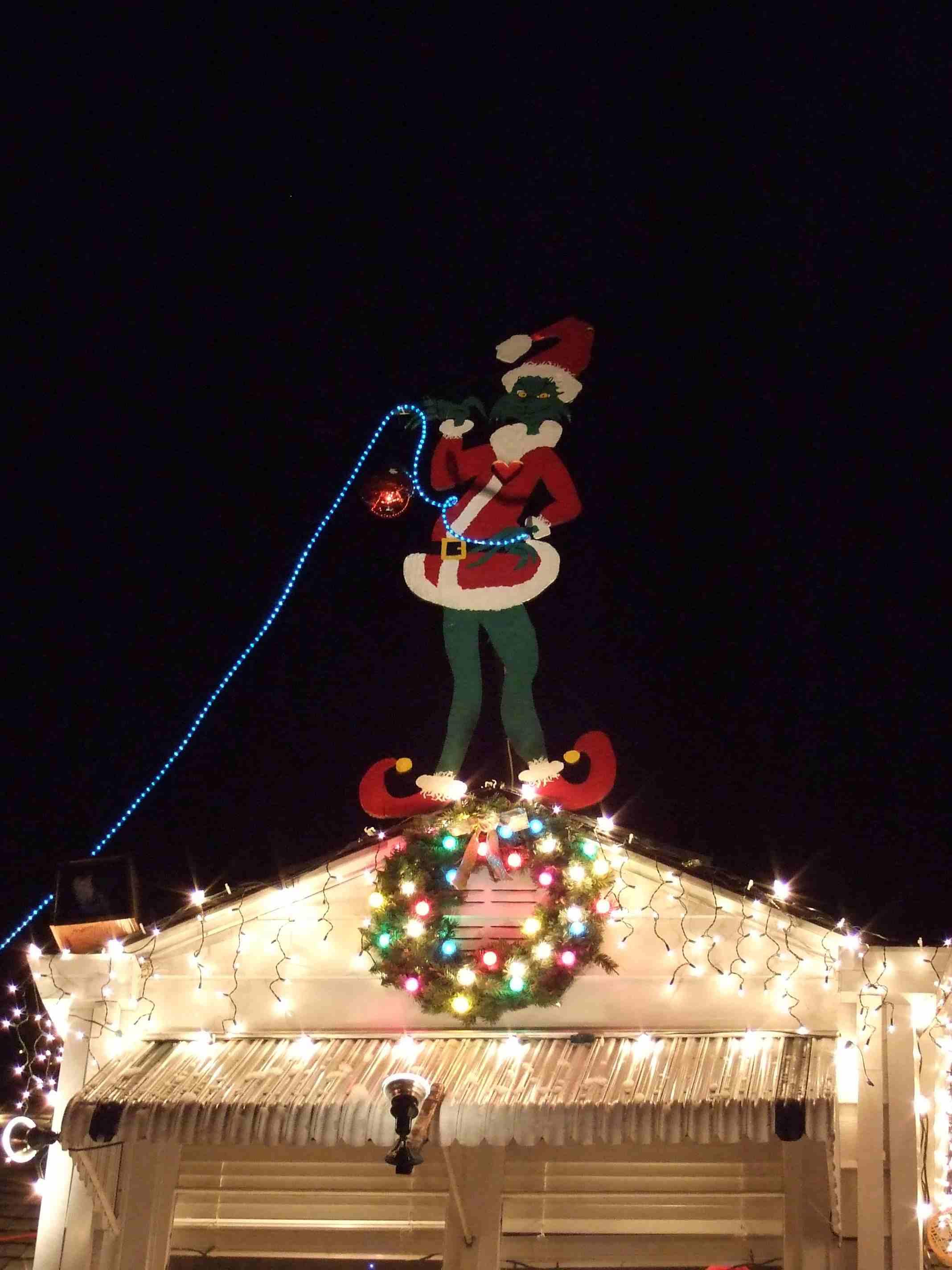 Christmas Lights Displays on Santa Rosa s Walnut Court