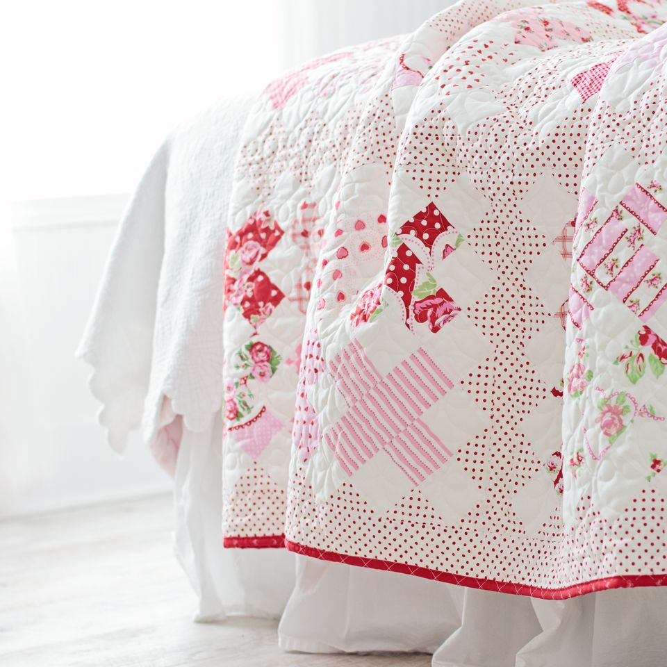 Design a Quilt With These Free Quilt Block Patterns : free block quilt patterns - Adamdwight.com