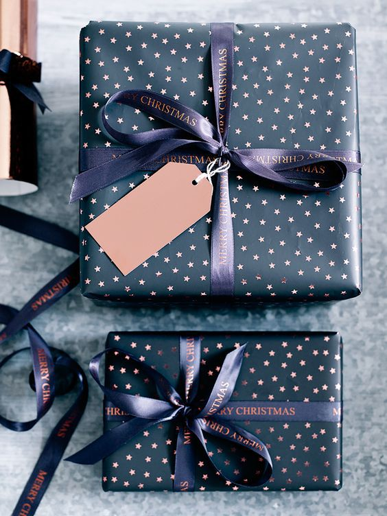 15 modern ways to wrap your christmas gifts modern polka dot gift wrapping negle Images