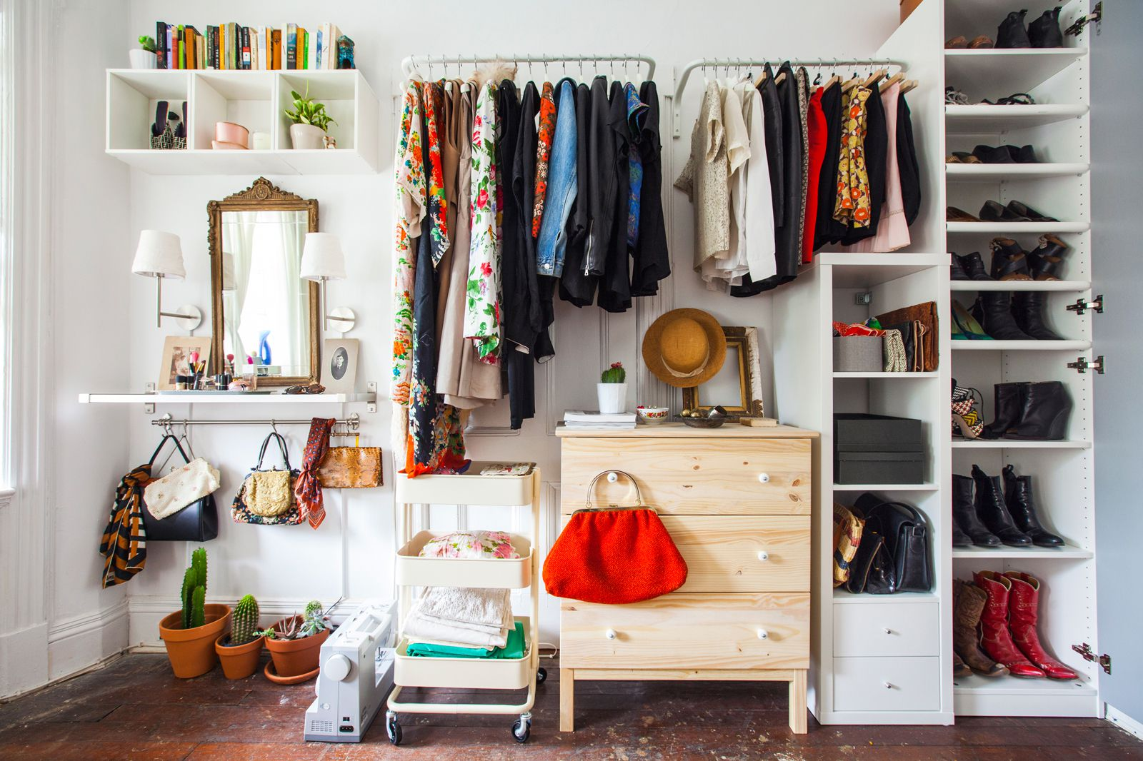 15 IKEA Storage Hacks: Space Savers for Small Bedrooms