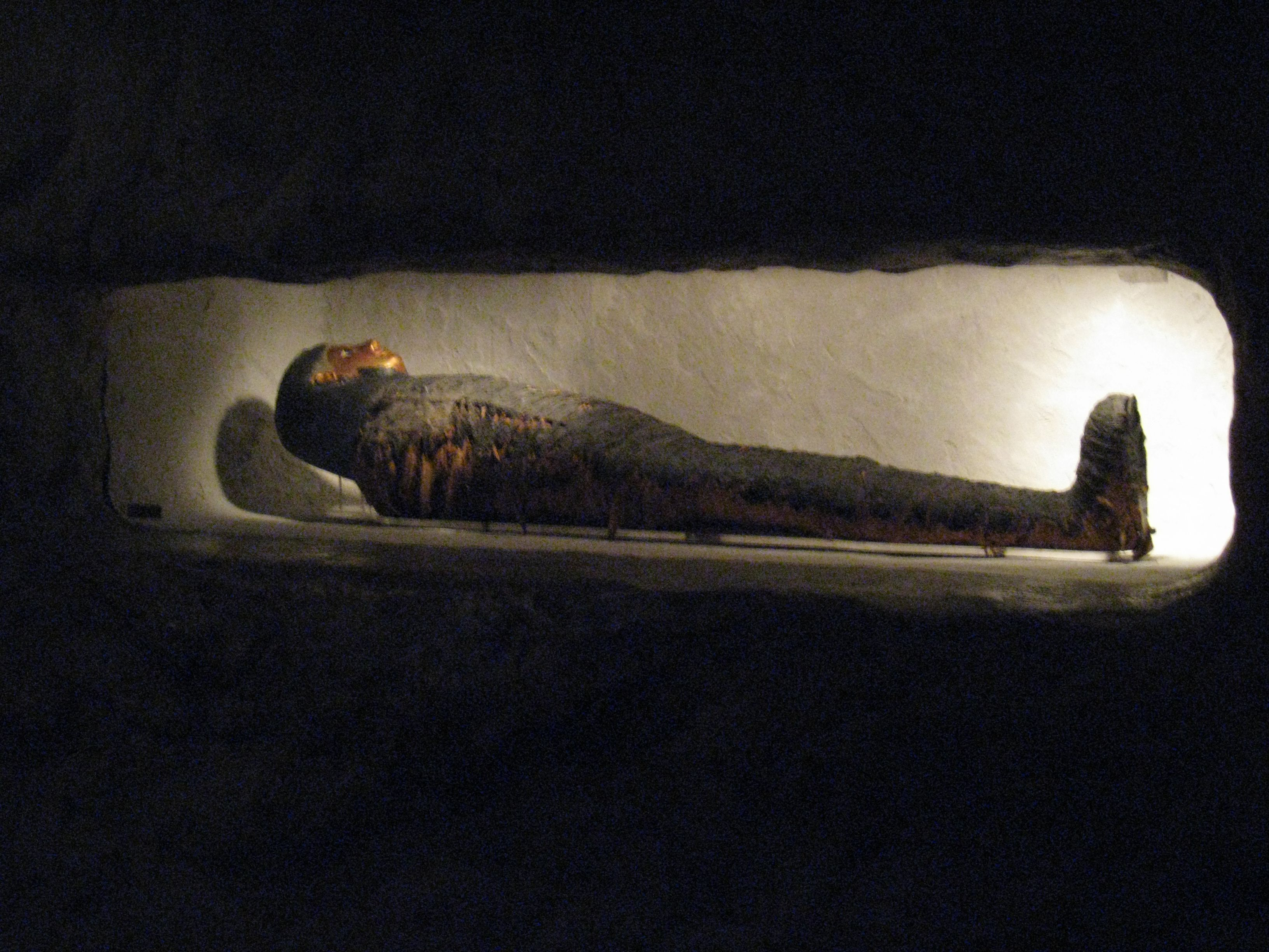 10 Things You Find Inside an Egyptian Tomb - egyptabout.com