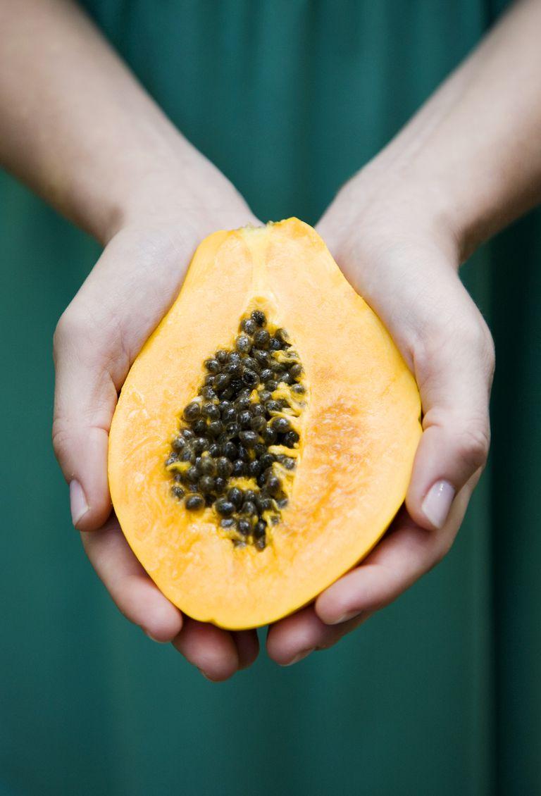 how to make homemade papaya scrub