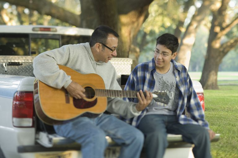 These tips can help you develop a healthy relationship with your teen.