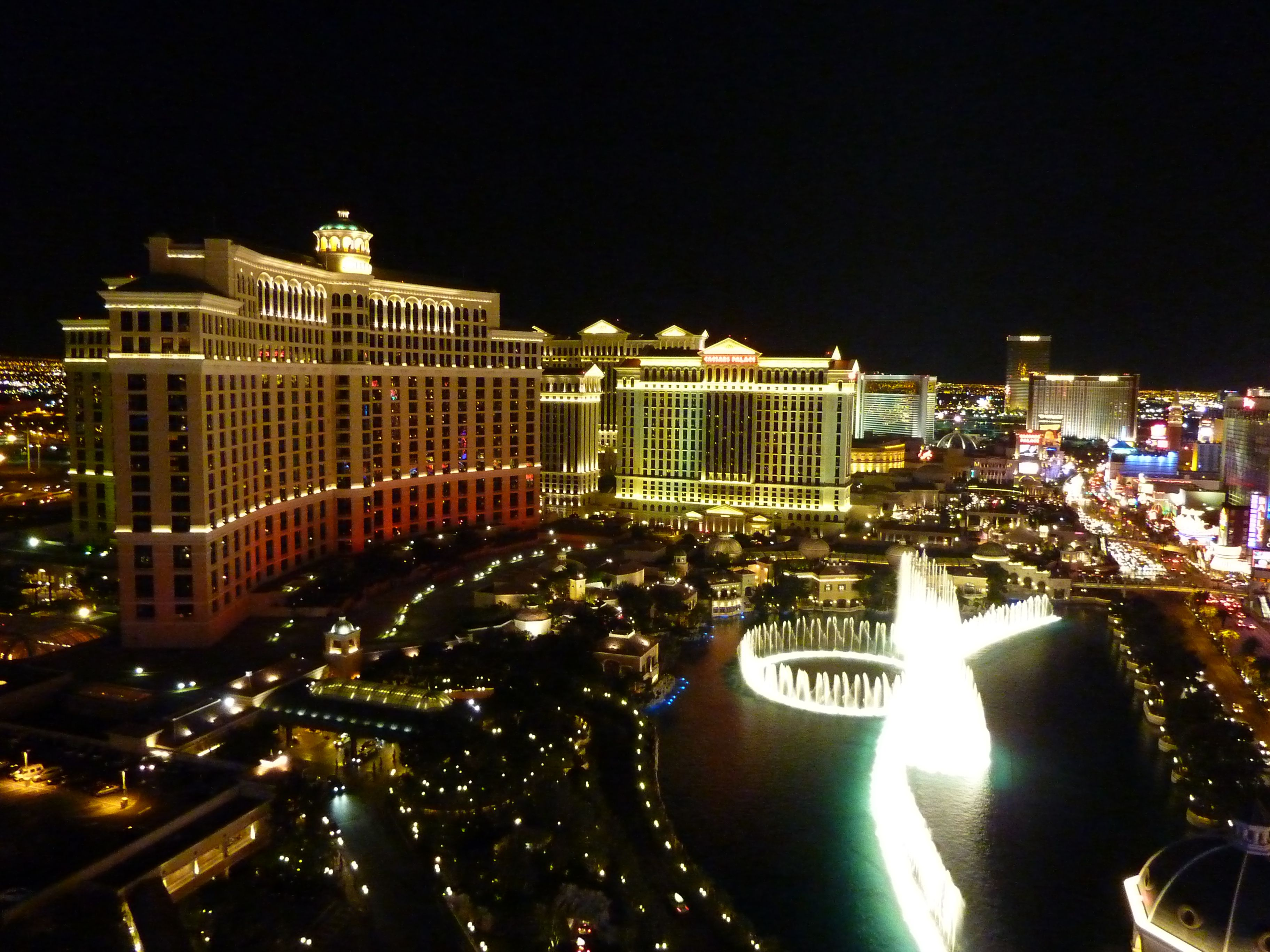 A Look at Las Vegas Attractions at Each Hotel