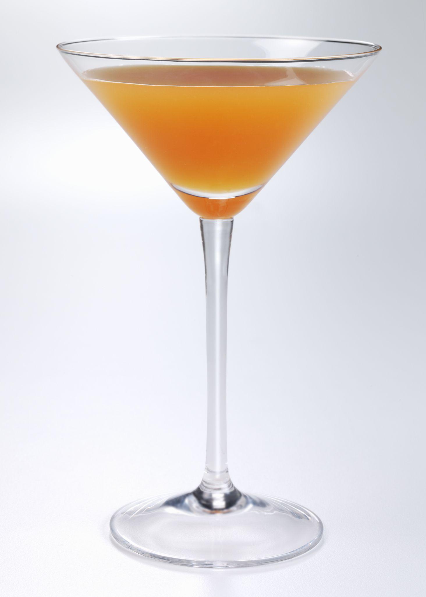 Coconut martini recipe vodka for Basic martini recipe vodka