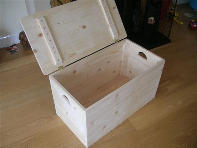 Get free plans for a toy box any kid would love for Storage box plans free