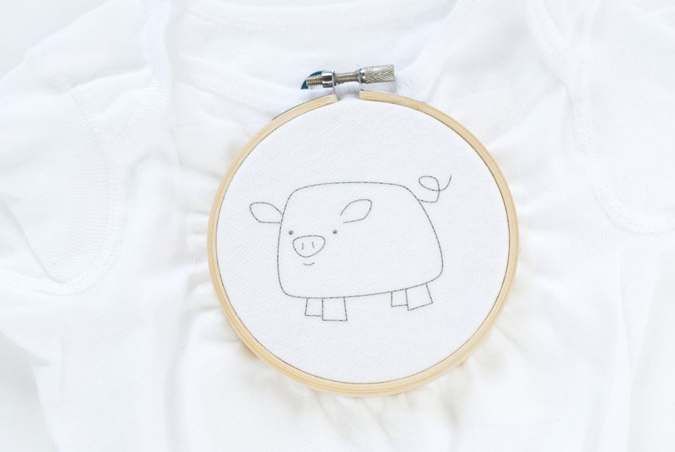 How to hand embroider on t shirts hoop the fabric without stretching ccuart Choice Image