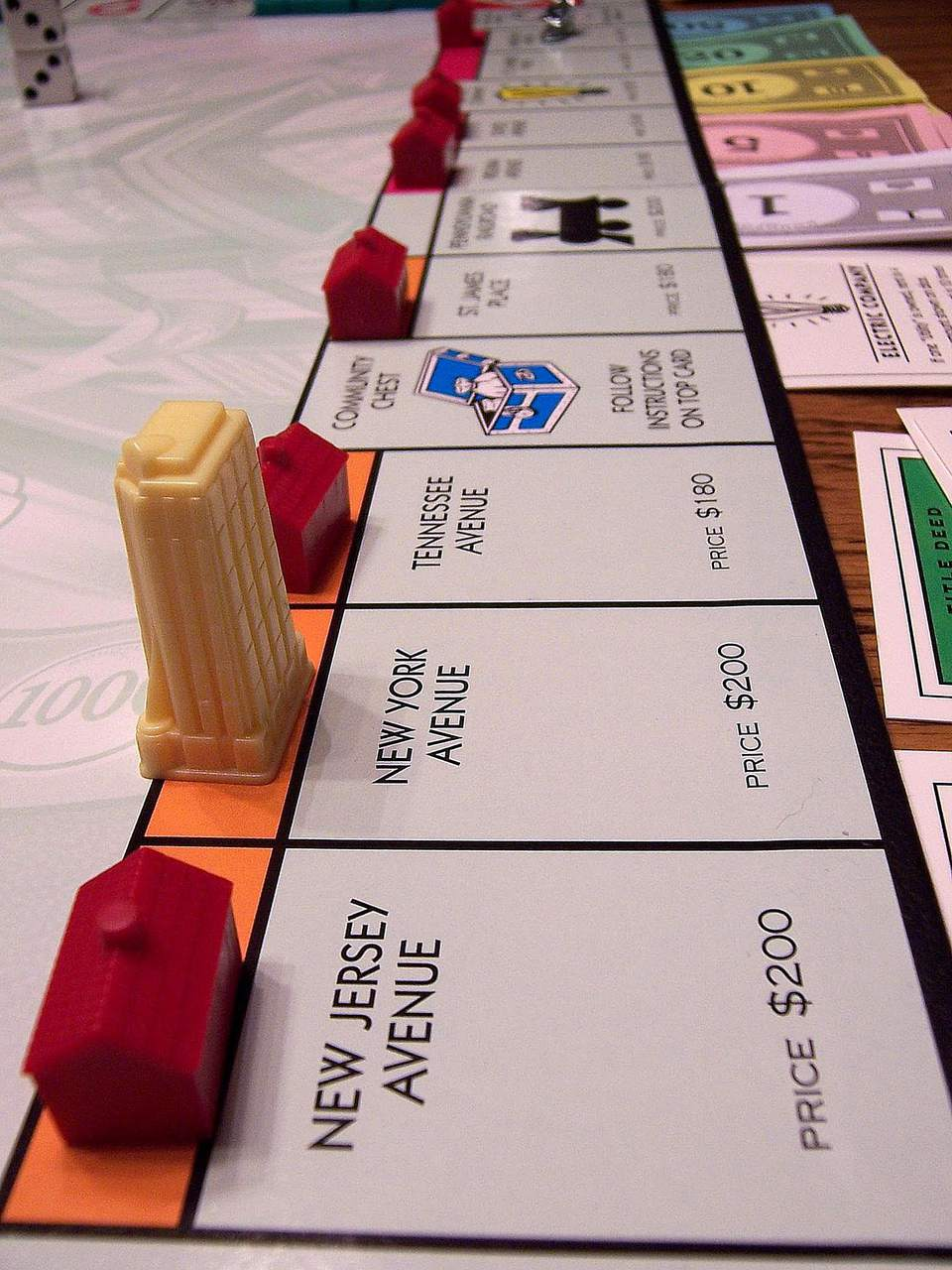 mega monopoly has skyscrapers