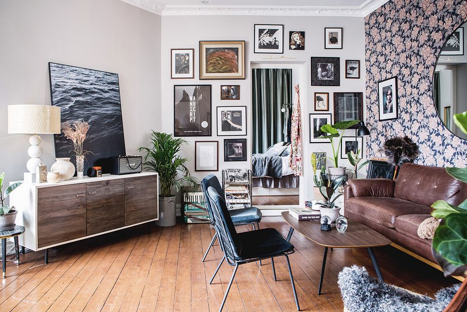 17 beautiful small living rooms that work - How can i decorate my small living room ...