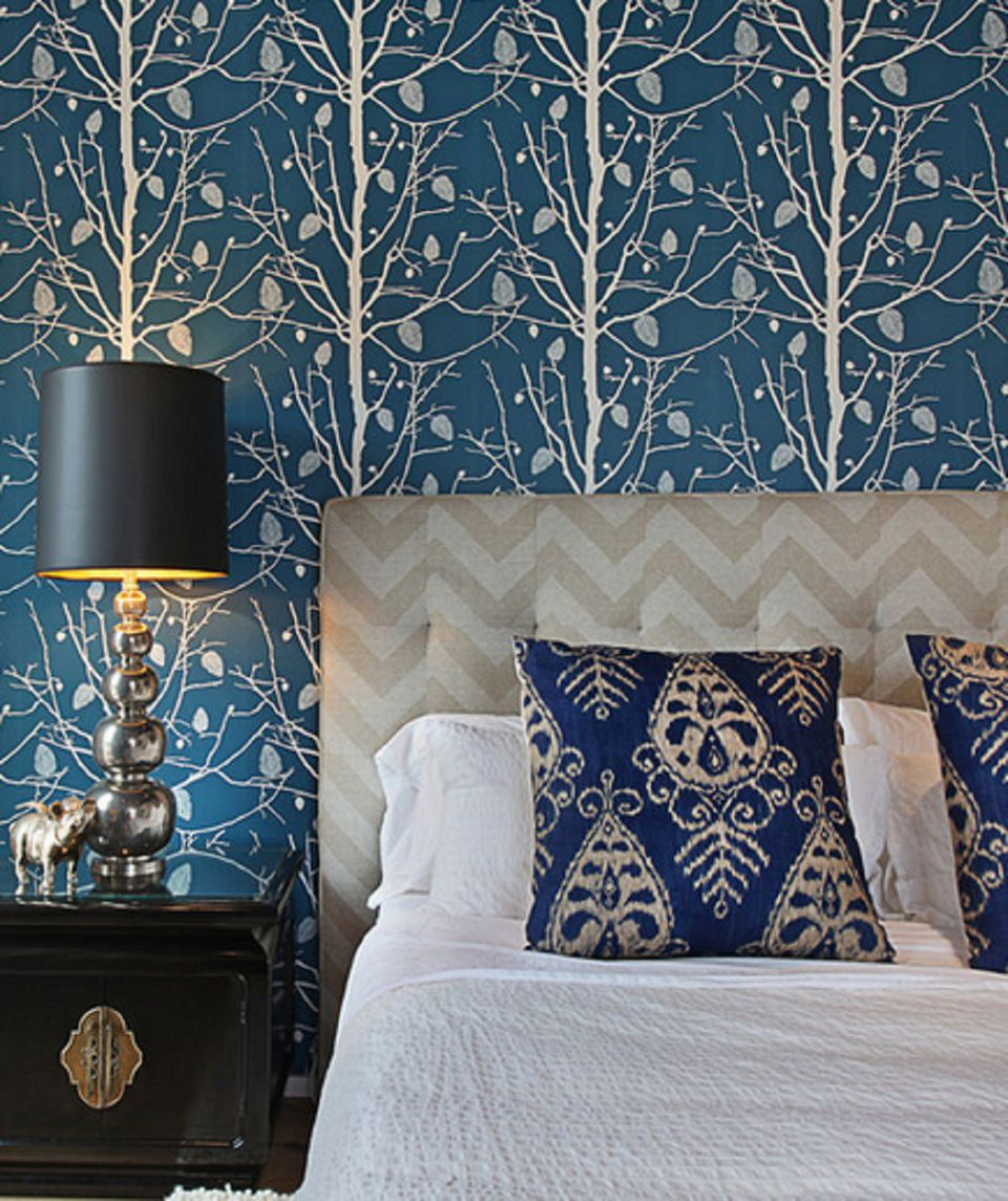 Interior Pictures Of Blue Bedrooms 25 stunning blue bedroom ideas gold and tree wallpaper