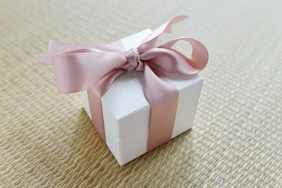 6 gift ideas for your kids boyfriend or girlfiend the challenge of finding a perfect gift negle Images
