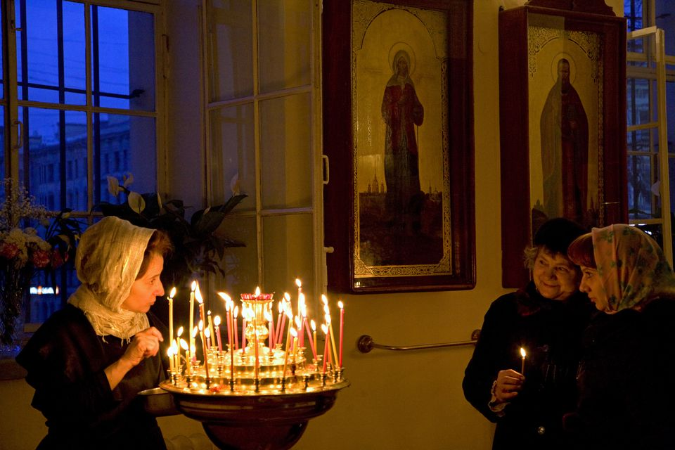 russian culture russia st petersburg during the russian orthodox easter ceremony at vladimirsky cathedral