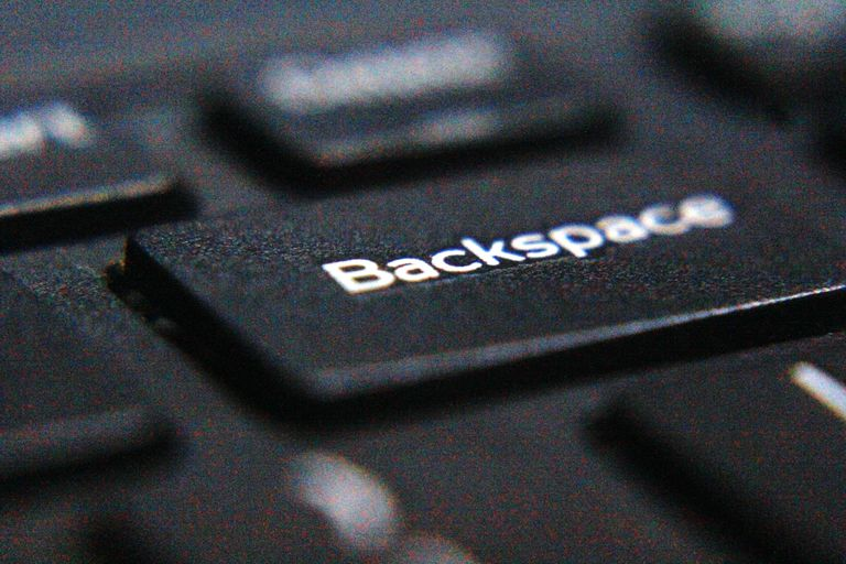 A picture of the Backspace key.