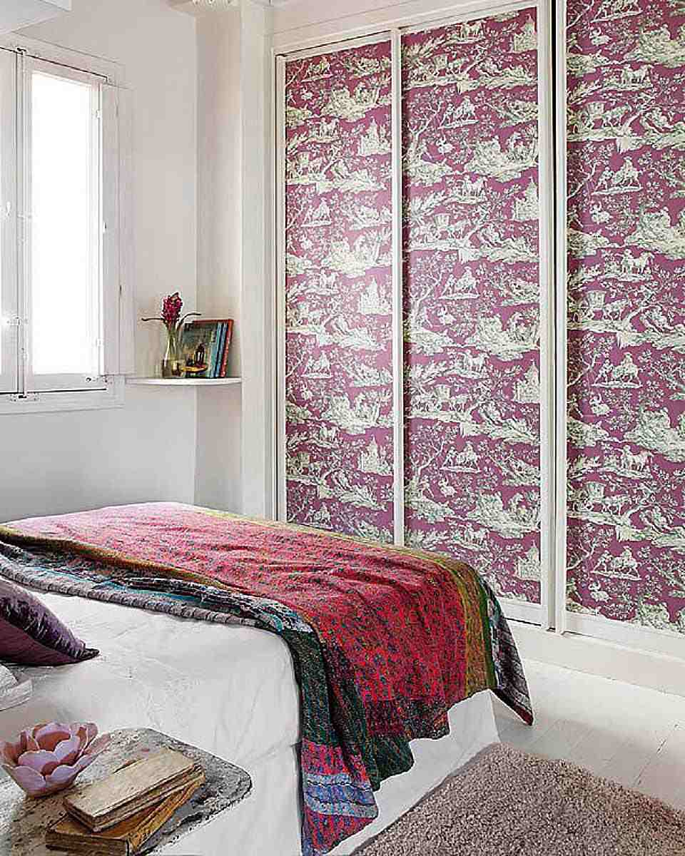 Diy closet door decorating ideas and photos wallpaper on closet doors eventshaper