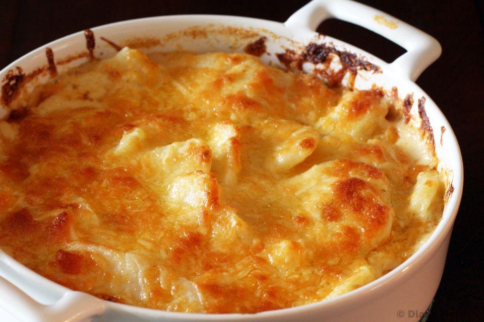 Rich Cheddar Scalloped Potatoes