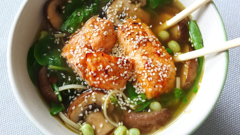salmon and spinach ramen